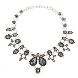 Elegant crystal circle necklace